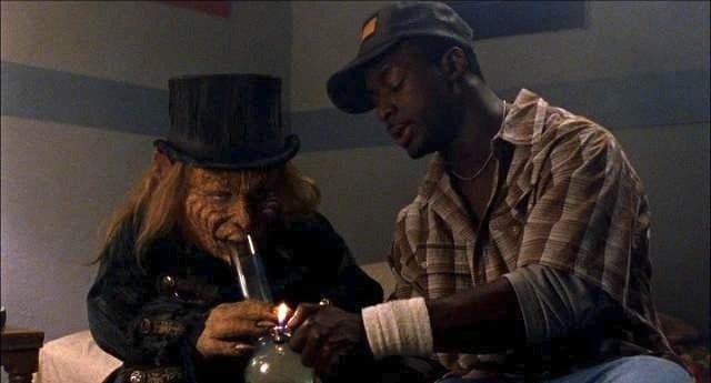 Smoking bongs in Leprechaun in the Hood