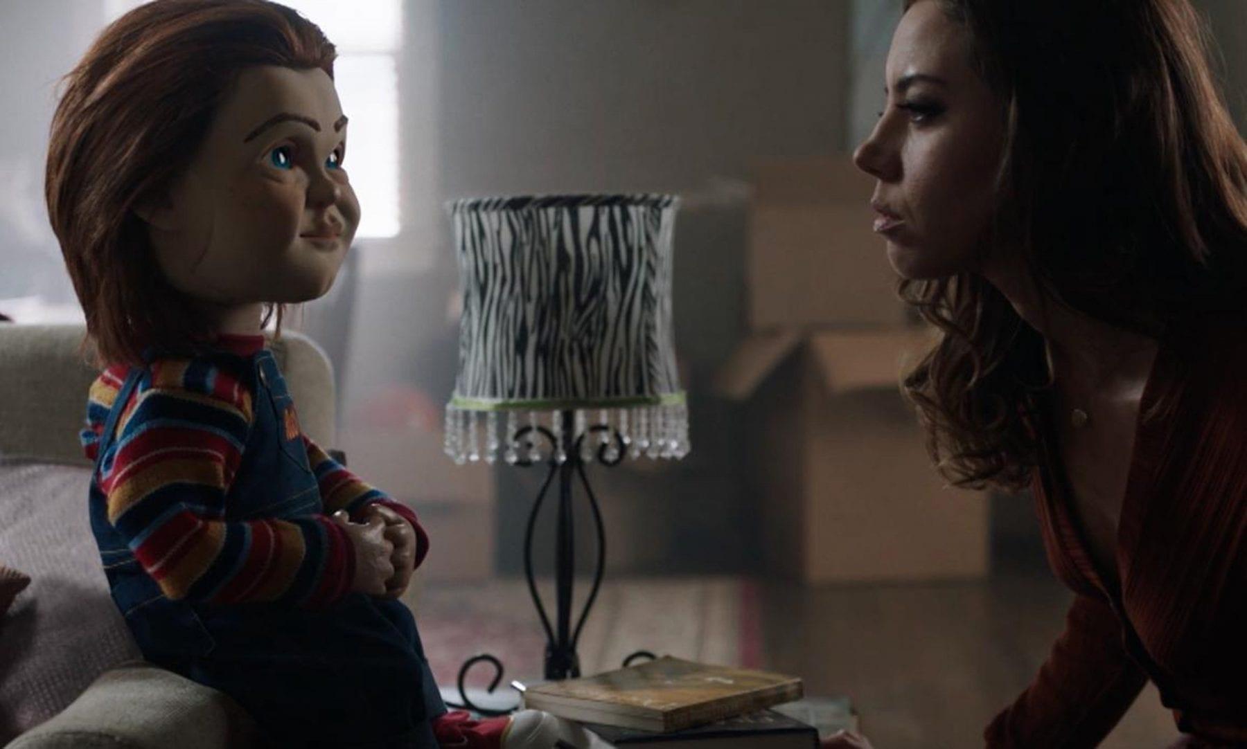Karen Barclay (Aubrey Plaza) observes Chucky (voiced by Mark Hamill).