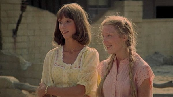 Millie (Shelley Duvall, left) and Pinky (Sissy Spacek) after first moving in together in 3 Women (1977).