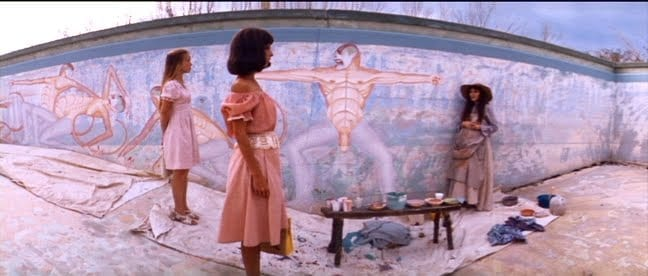 From left to right: Sisy Spacek (Pinky), Shelley Duvall (Millie), and Janice Rule (Willie) marvel at Willie's surreal murals in 3 Women.