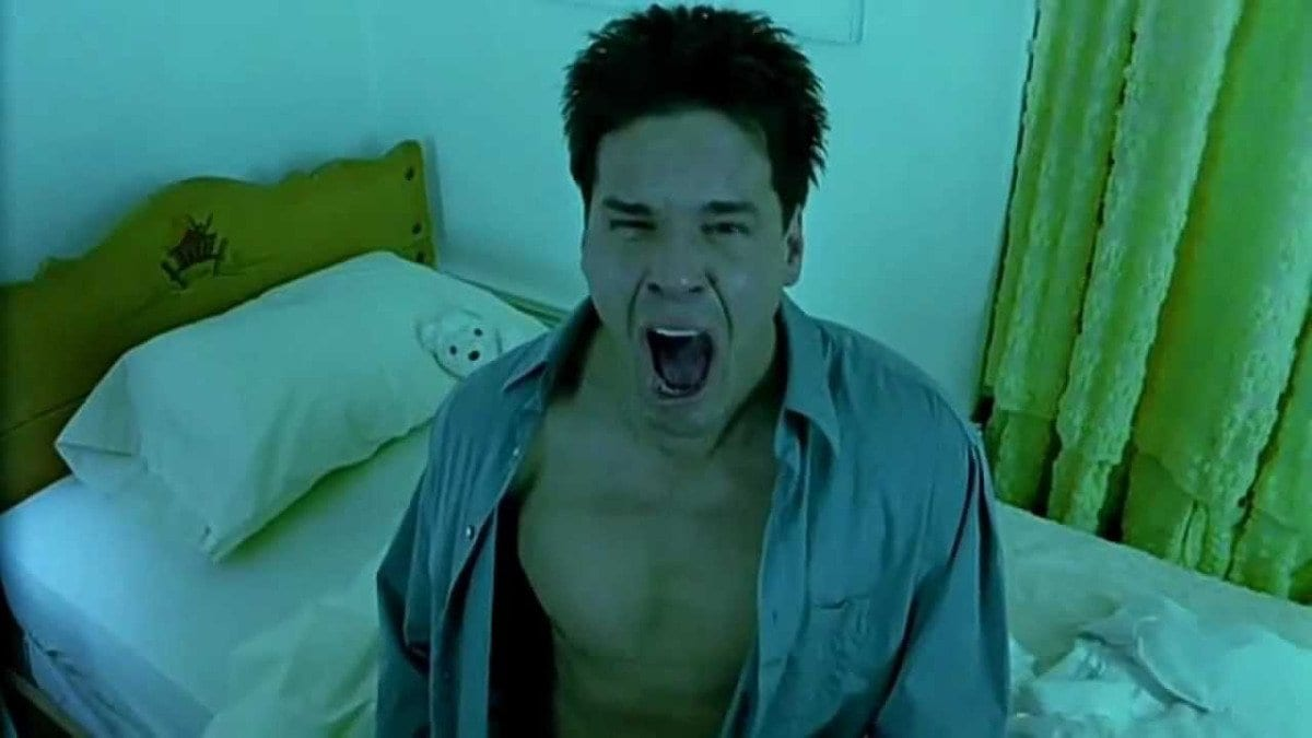 Detective Joseph Thorne (Craig Sheffer) screams in response to the fate that lies ahead of him in Hellraiser: Inferno .