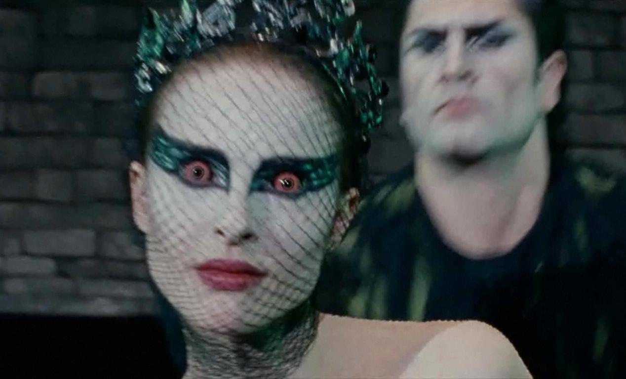 Nina becomes the black swan.