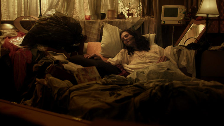 """Anni Finsterer as Grace, facing death with the help of her """"death midwife"""""""