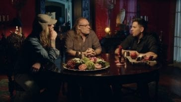 Eli Roth, Greg Nicotero, and Rob Zombie sitting around and talking