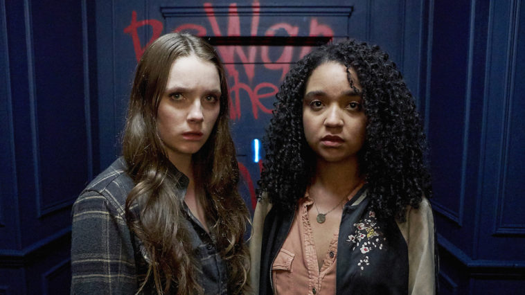 Margot (Amy Forsyth) and Jules (Aisha Dee) prepare to enter room 1 of the No-End House