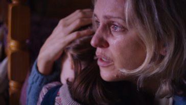 Denise Gough as Sarah, Kiera Thompson as Leah in Martyrs Lane