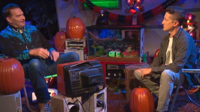 Joe Bob and David Gordon Green talking during Joe Bob's Halloween Hideaway